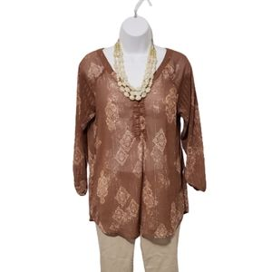 Maurices perfect blouse top pink gold medium